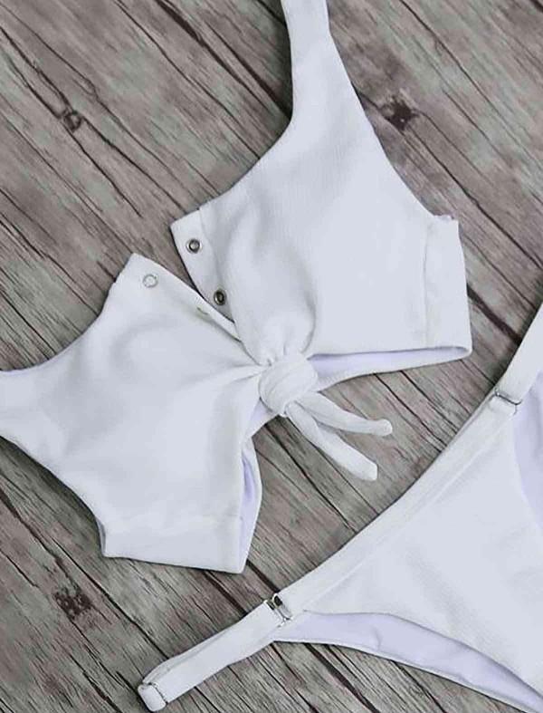 ReyonGO Beyaz Çıtçıtlı Şık Bikini Takım