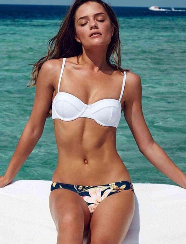 ReyonGO Beyaz Özel Tasarım Bikini Üst