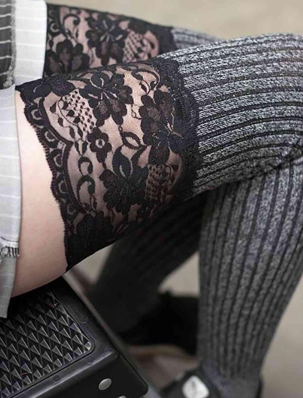 ReyonGO Parfümlü Dantelli Örgü Diz Üstü Jartiyer Çorap Çok Renkli
