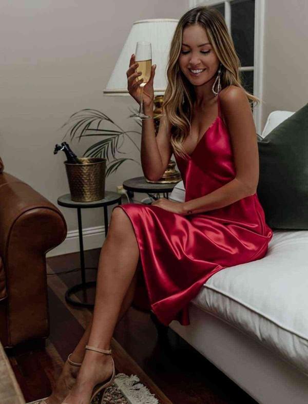 ReyonGO Saten Sırt Dekolteli Uzun Gecelik Elbise Kırmızı