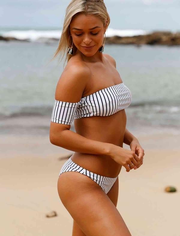 ReyonGO Şık Straplez Bikini Üst