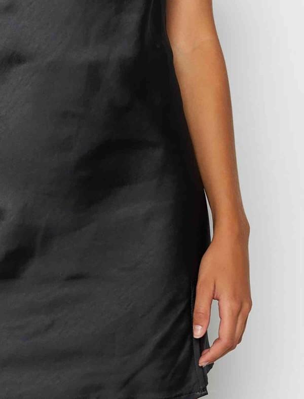ReyonGO Yırtmaçlı Mini Saten Elbise Siyah